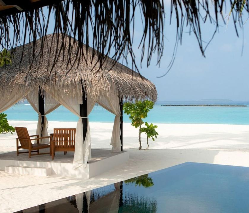 The Sun Siyam Iru Fushi / Deluxe Beach Villa with Pool (Maldív-szigeteki utazások)