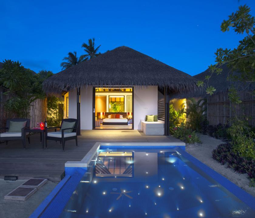 Velassaru Maldives / Beach Villa with Pool (Maldív-szigeteki utazások)