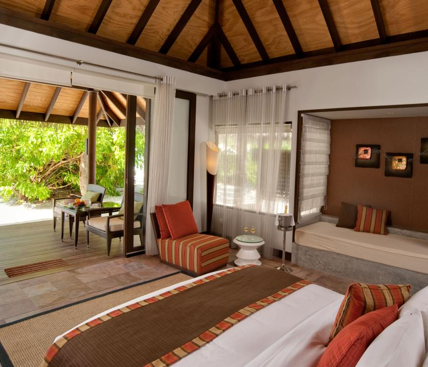 Velassaru Maldives / Beach Villa (Maldív-szigeteki utazások)