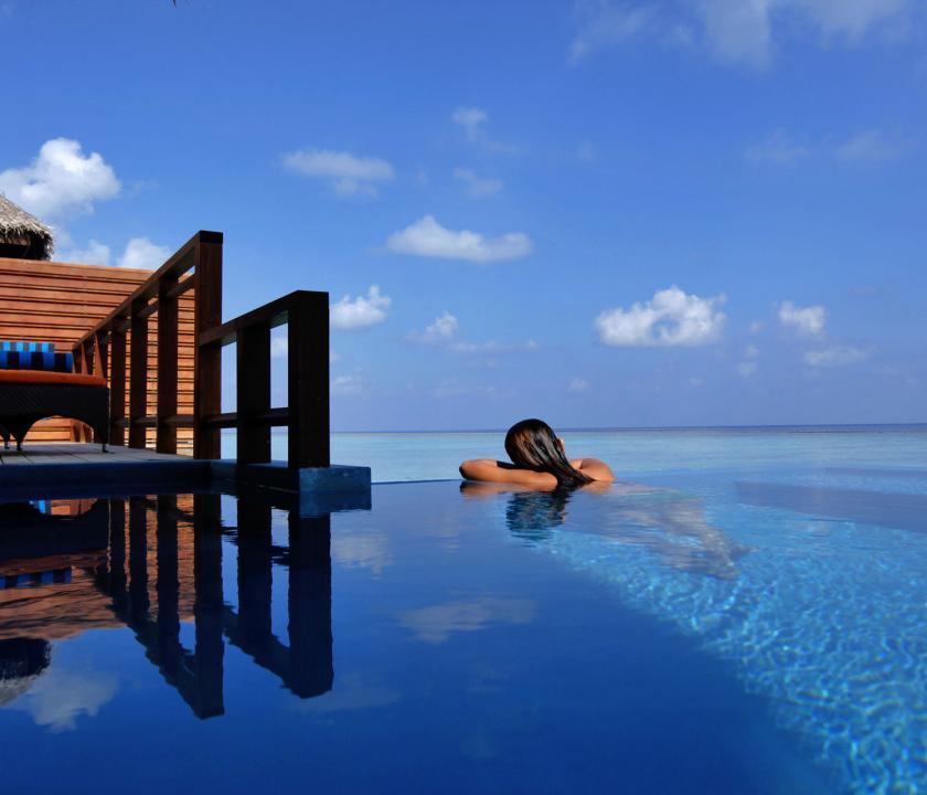 Velassaru Maldives / Water Villa with Pool (Maldív-szigeteki utazások)