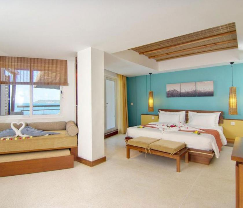 Laguna Beach Hotel & Spa / Family Seaview room (Mauritiusi utazások)