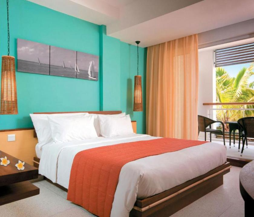 Laguna Beach Hotel & Spa / Standard Seaview room (Mauritiusi utazások)