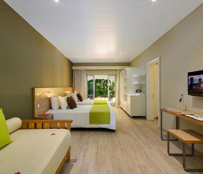 Mauricia Beachcomber Resort & Spa / 2 Bedroom Family Apartment (Mauritiusi utazások)