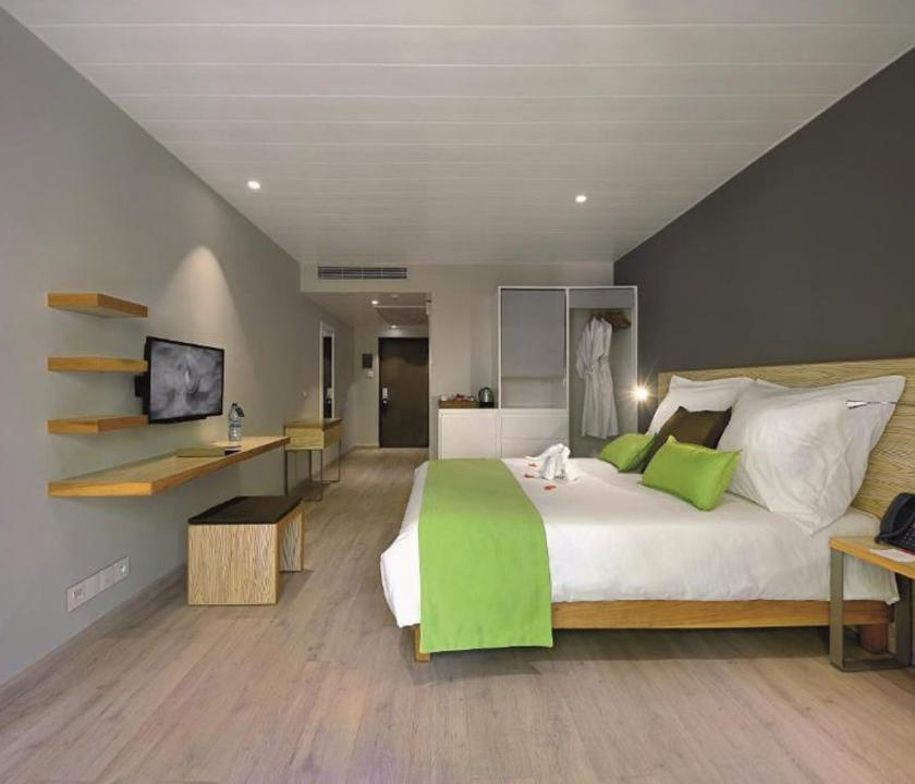 Mauricia Beachcomber Resort & Spa / Standard Beachfront room (Mauritiusi utazások)