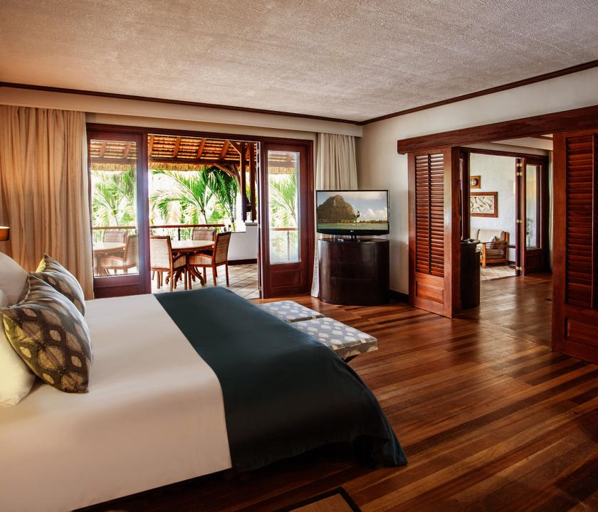 Paradis Beachcomber Golf Resort & Spa / Senior Suite Beachfront (Mauritiusi utazások)