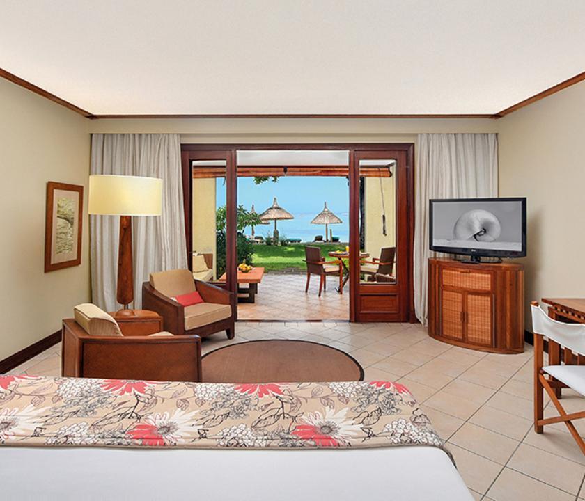 Paradis Beachcomber Golf Resort & Spa / Tropical Beachfront room (Mauritiusi utazások)