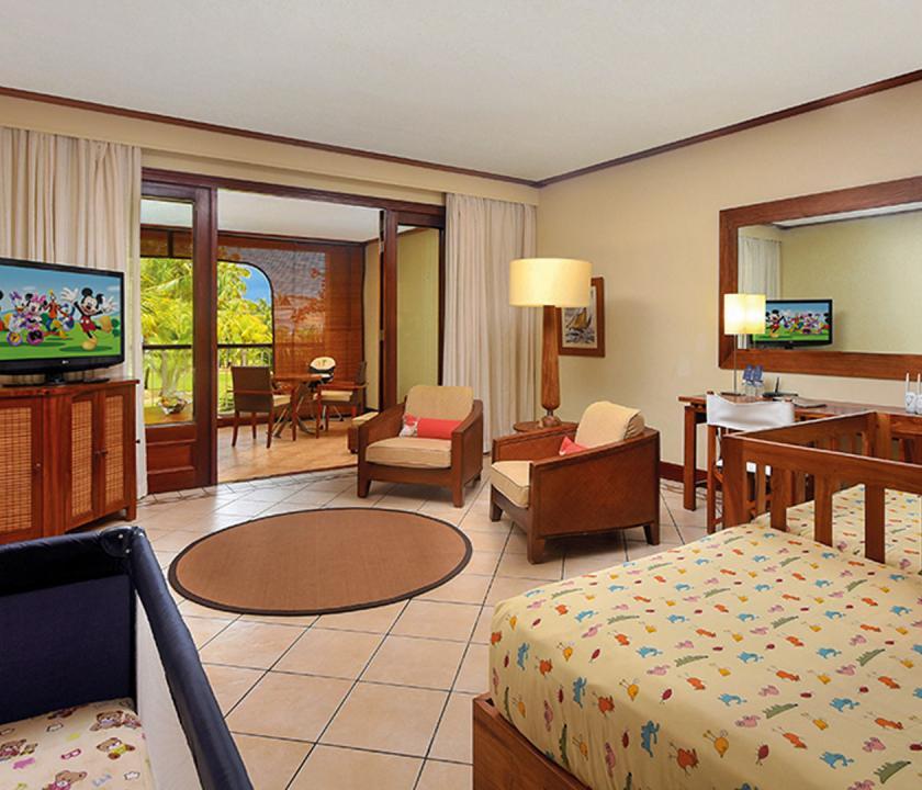 Paradis Beachcomber Golf Resort & Spa / 2 Bedroom Tropical Family Suite (Mauritiusi utazások)
