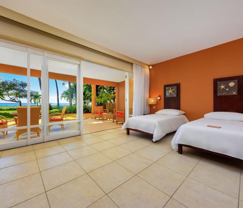 Victoria Beachcomber Resort & Spa / 2 Bedroom Family Apartment (Mauritiusi utazások)