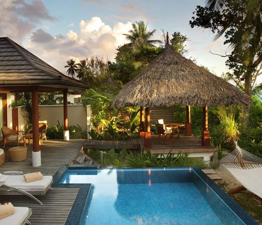 Hilton Seychelles Labriz Resort & Spa / Deluxe Beachfront Pool Villa (Seychelle szigeteki utazások)
