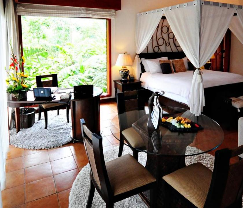 Tabacón Thermal Resort & Spa / Honeymoon Suite (Costa Rica-i utazások)