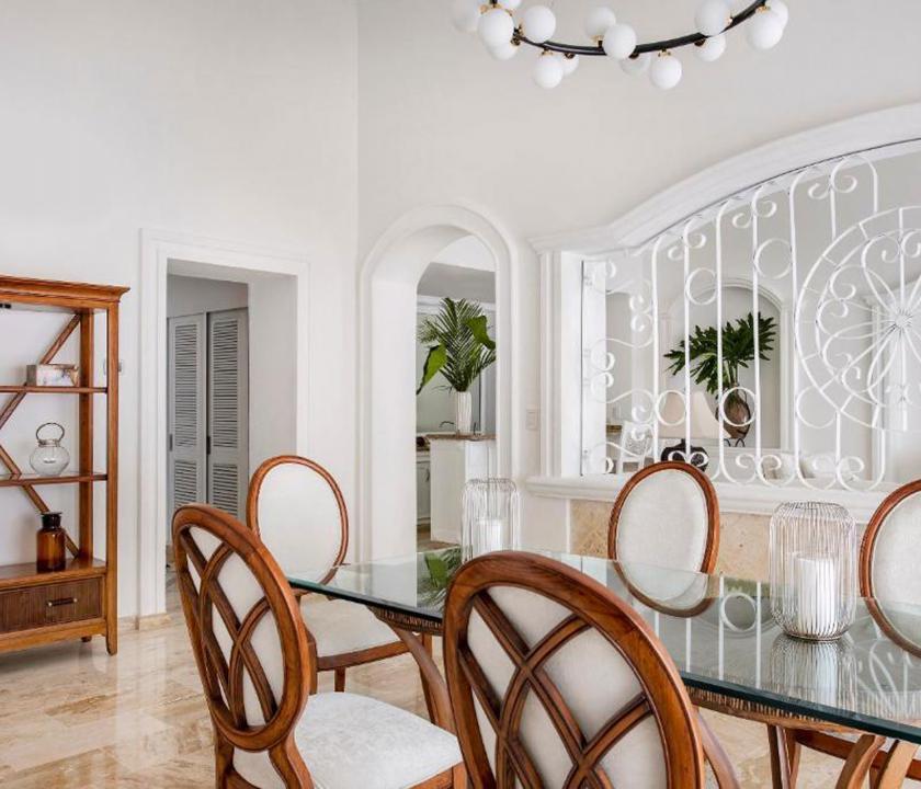 Paradisus Palma Real Golf & Spa Resort / Royal Service Imperial Romance Ocean Front (KJM) - étkező (Dominikai utazások)