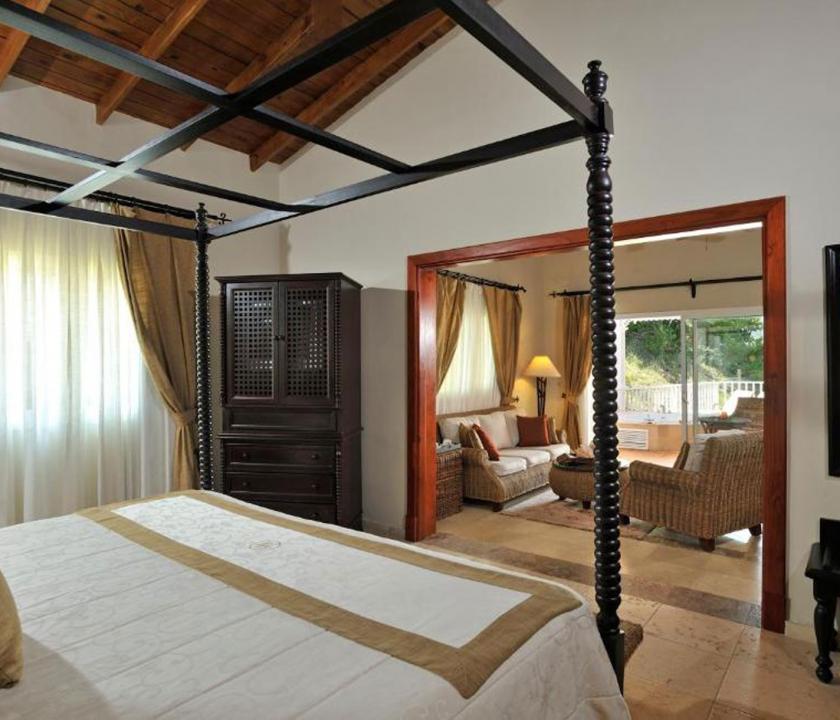 Luxury Bahia Principe Cayo Levantado / Deluxe Junior Suite - hálószoba (Dominikai utazások)