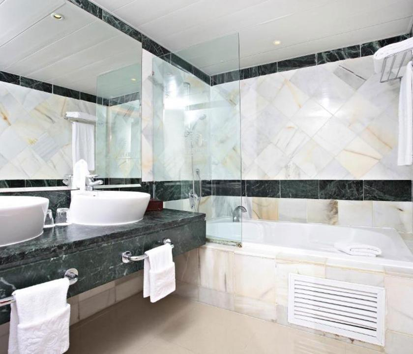 Luxury Bahia Principe Cayo Levantado / Superior room - fürdőszoba (Dominikai utazások)