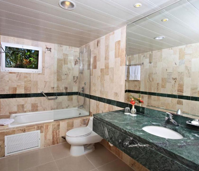 Grand Bahia Principe Cayacoa / Standard room - fürdőszoba (Dominikai utazások)
