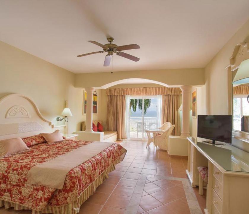 Grand Bahia Principe Cayacoa / Superior Junior Suite - hálószoba (Dominikai utazások)
