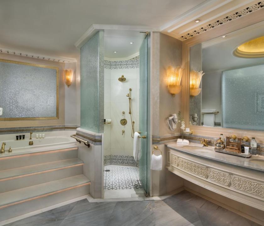 Emirates Palace / Khaleej Deluxe suite - fürdőszoba (Dubai utazások)