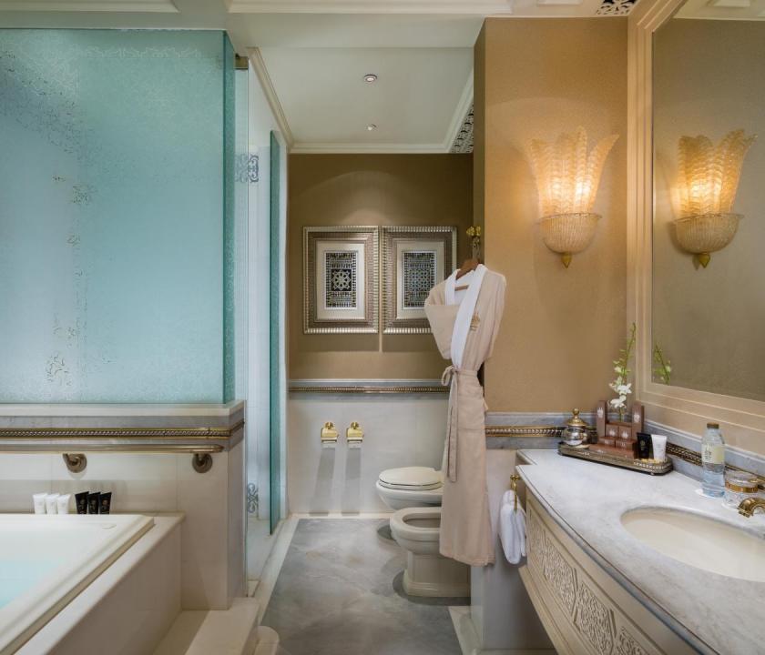 Emirates Palace / Khaleej suite - fürdőszoba (Dubai utazások)