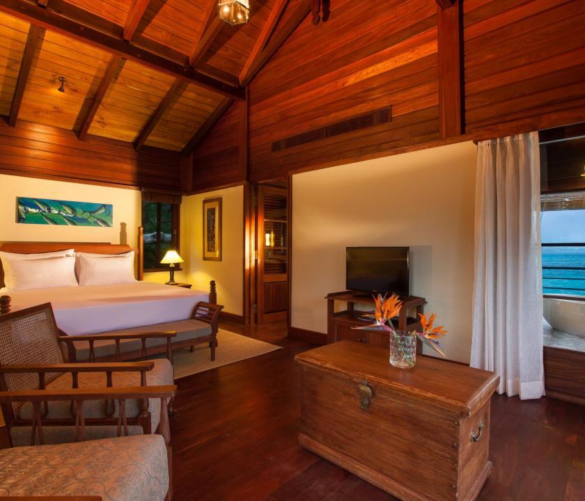 JA Enchanted Island Resort / Owner's Signature villa - hálószoba (Seychelle szigeteki utazások)
