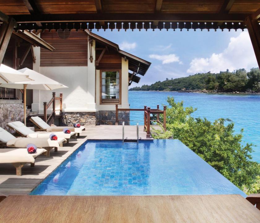 JA Enchanted Island Resort / Owner's Signature villa - medence (Seychelle szigeteki utazások)