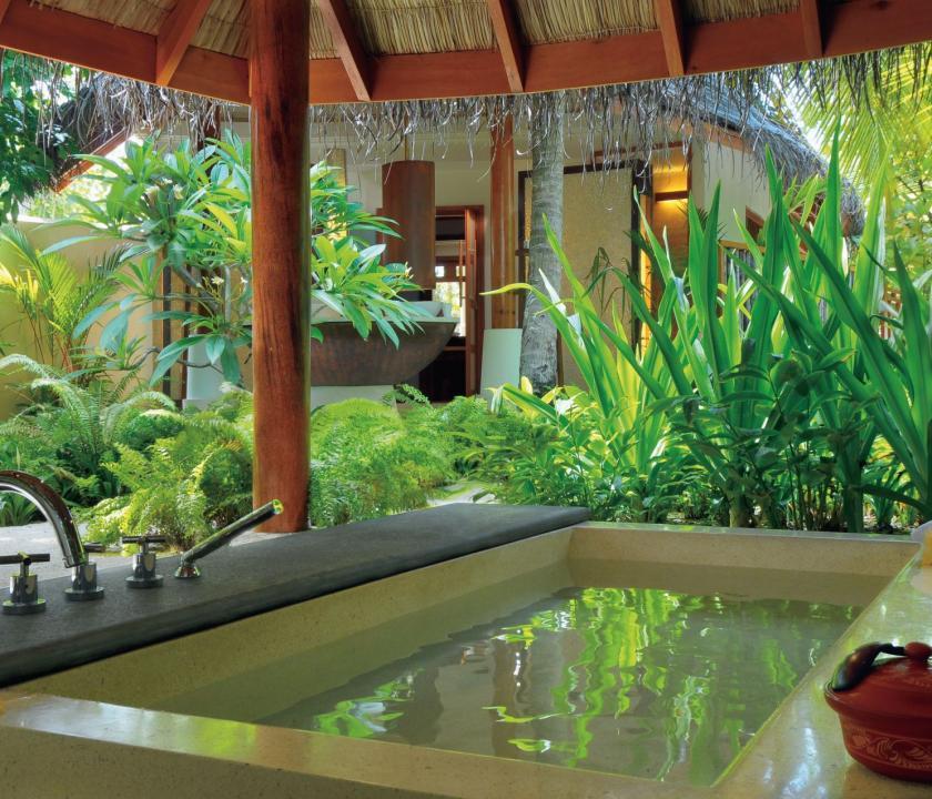 Constance Halaveli Maldives / Double Storey Beach Villa (Maldív-szigeteki utazások)