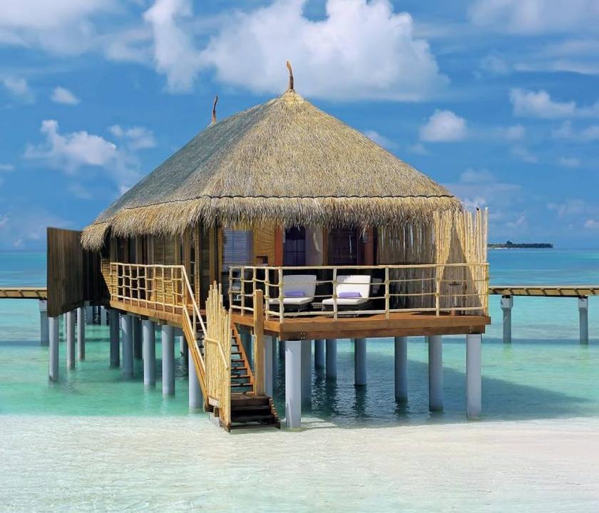 Constance Moofushi Maldives / Senior Water Villa (Maldív-szigeteki utazások)