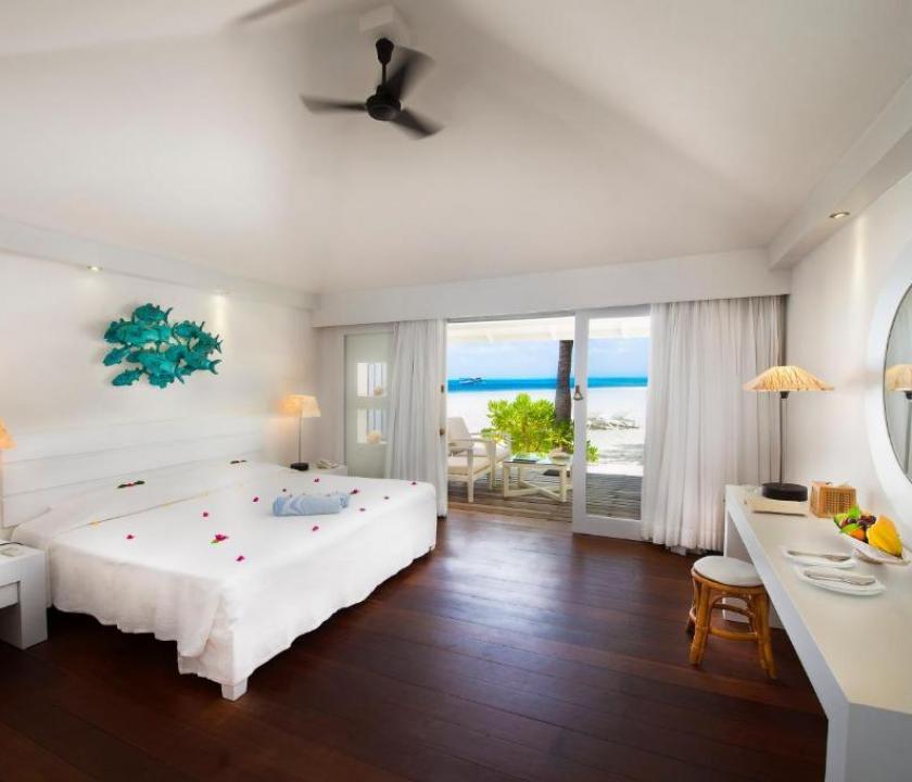 Diamonds Thudufushi / Beach Bungalow (Maldív-szigeteki utazások)
