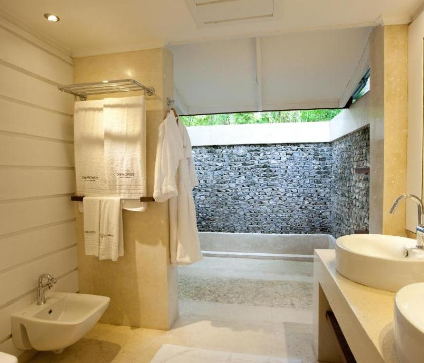 Diamonds Thudufushi / Junior Suite (Maldív-szigeteki utazások)