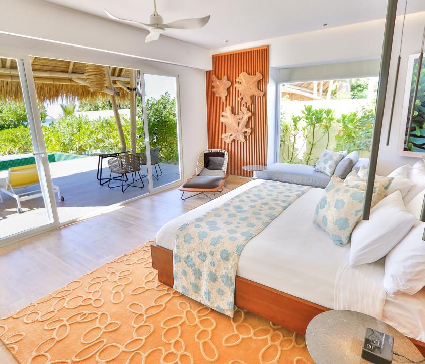 Emerald Maldives Resort & Spa / Beach Villa with Pool - kilátás a szobából (Maldív-szigeteki utazások)