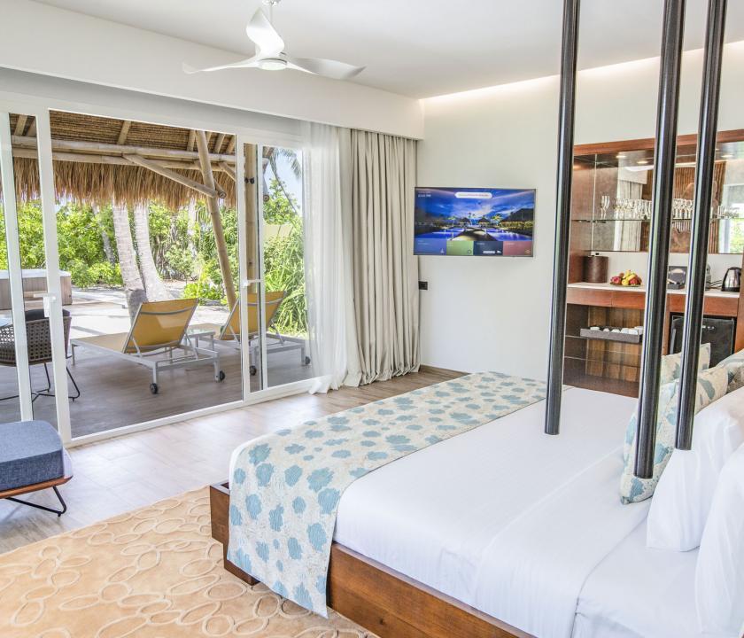 Emerald Maldives Resort & Spa / Jacuzzi Beach Villa - kilátás a szobából (Maldív-szigeteki utazások)