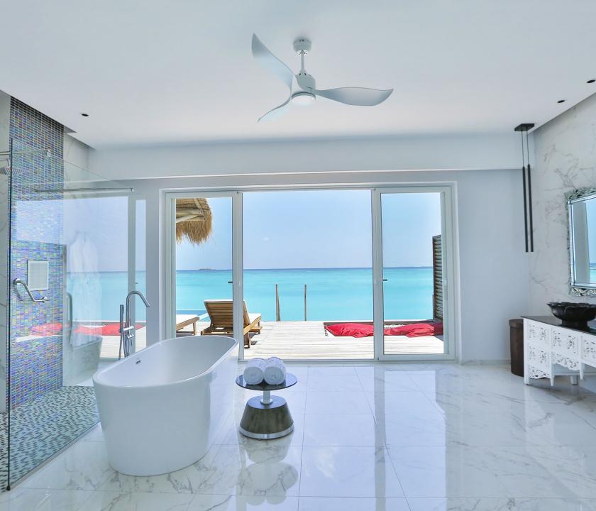 Emerald Maldives Resort & Spa / Water Villa with Pool - fürdőszoba (Maldív-szigeteki utazások)