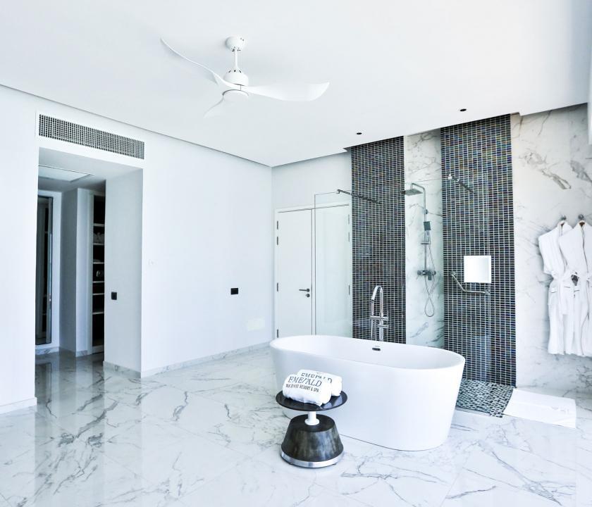 Emerald Maldives Resort & Spa / Water Villa - fürdőszoba (Maldív-szigeteki utazások)