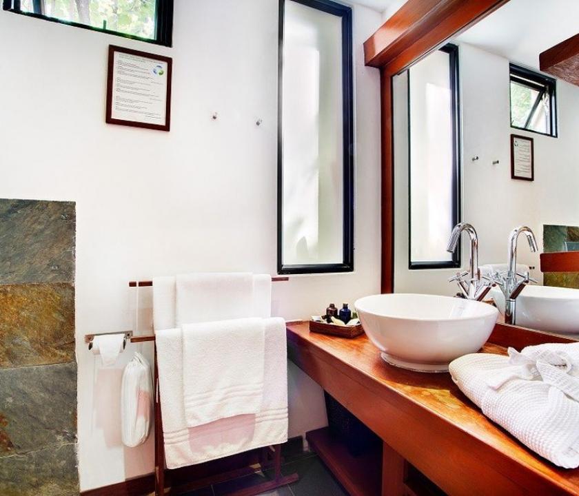 Gangehi Island Resort / Club Room (Maldív-szigeteki utazások)