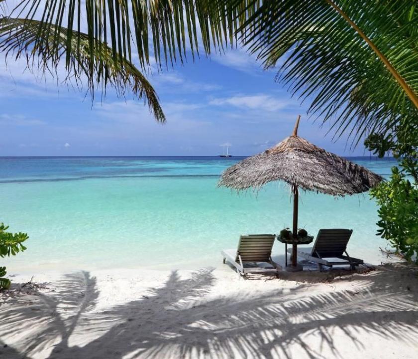 Gangehi Island Resort / Beach Villa (Maldív-szigeteki utazások)