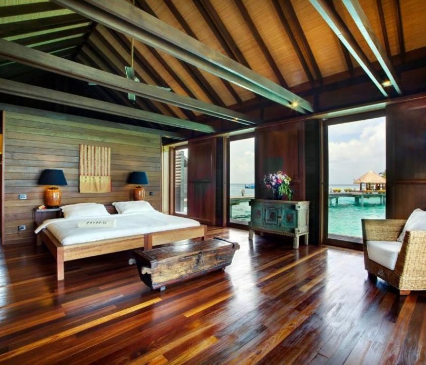 Gangehi Island Resort / Overwater Deluxe Villa (Maldív-szigeteki utazások)