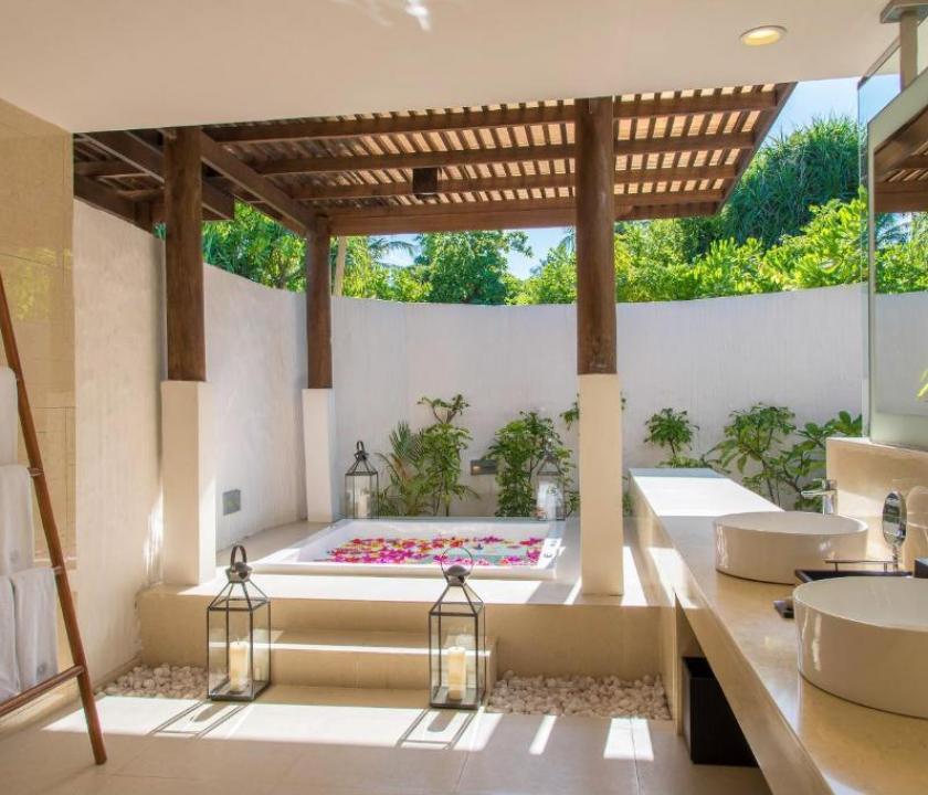 Hideaway Beach Resort & Spa / Beach Residence with Plunge Pool (Maldív-szigeteki utazások)