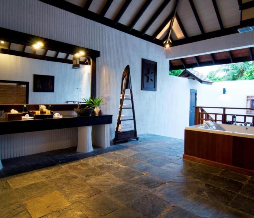 Hideaway Beach Resort & Spa / Family villa with Pool (Maldív-szigeteki utazások)