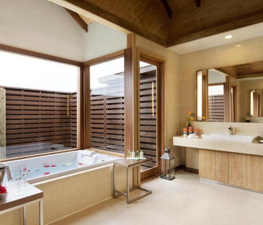 Hideaway Beach Resort & Spa / 2 Bedroom Ocean villa with Pool (Maldív-szigeteki utazások)