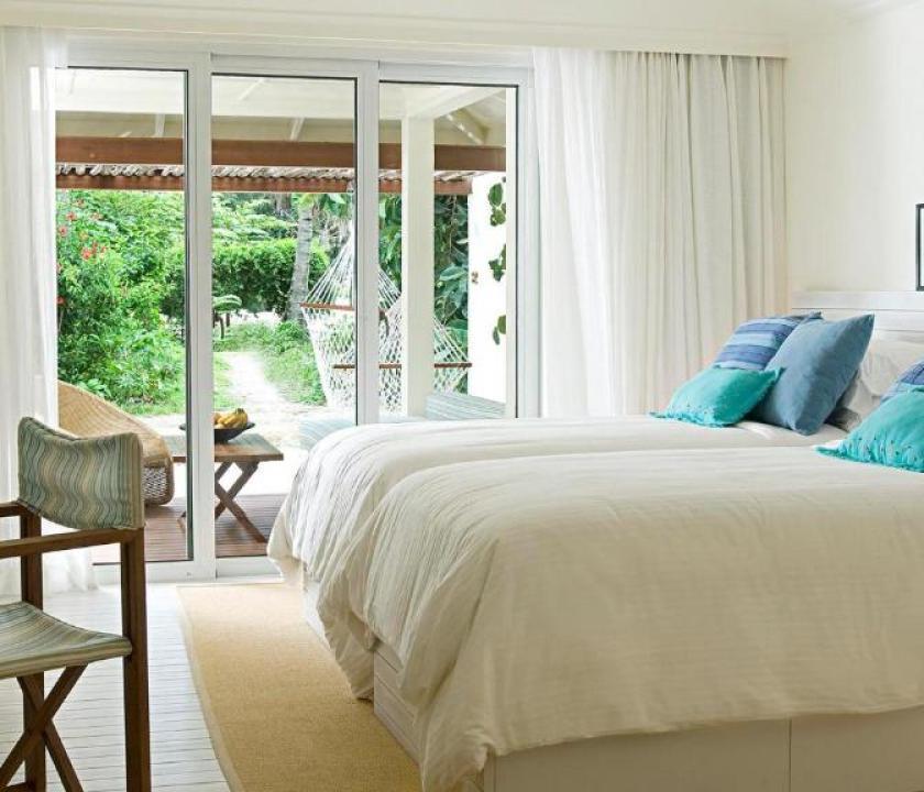 Holiday Inn Kandooma Maldives / Beach View Villa (Maldív-szigeteki utazások)