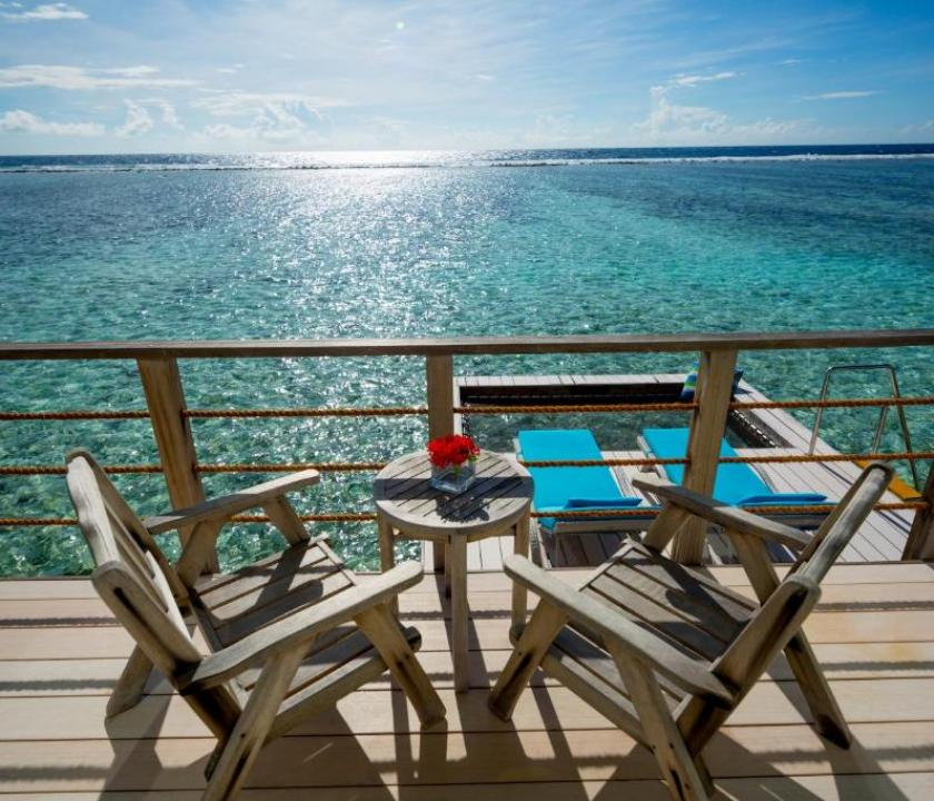 Holiday Inn Kandooma Maldives / Overwater Villa (Maldív-szigeteki utazások)