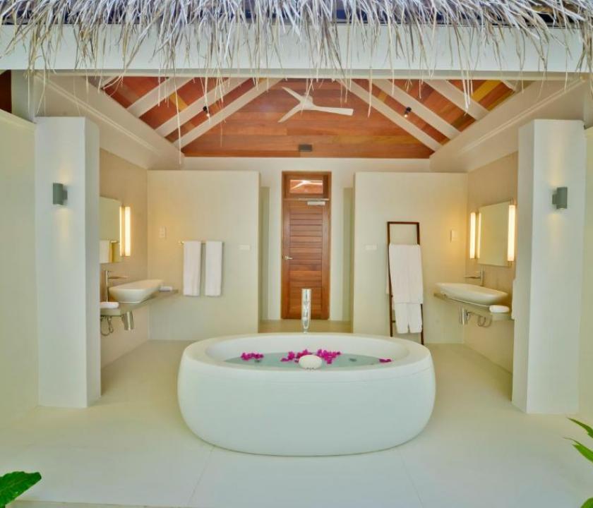 Kandolhu Maldives / Beach Villa (Maldív-szigeteki utazások)