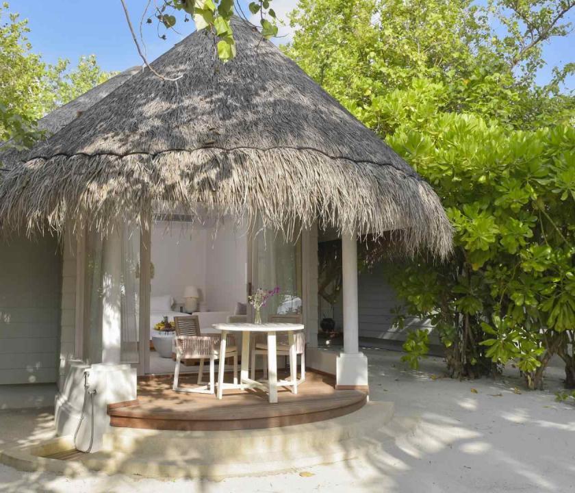 Kanuhura A Sun Resort Maldives / Beach Bungalows (Maldív-szigeteki utazások)