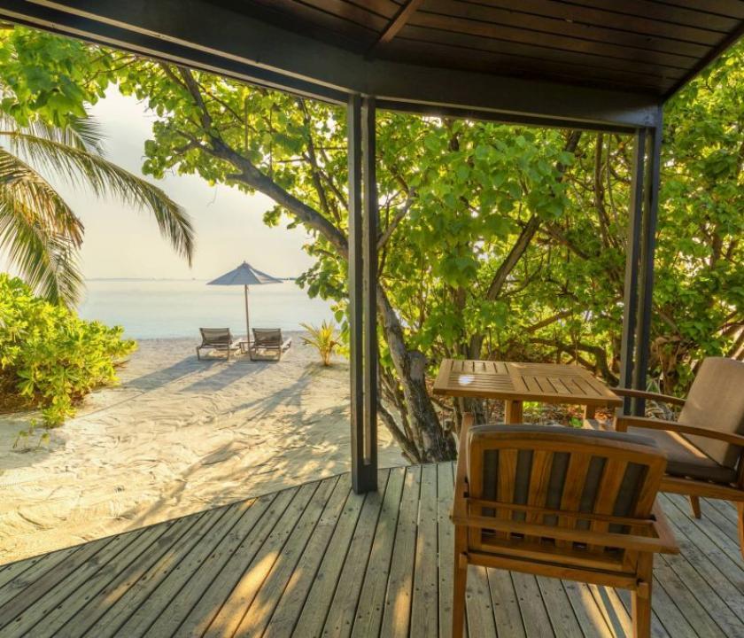 Komandoo Island Resort & Spa / Jacuzzi Beach Villa (Maldív-szigeteki utazások)