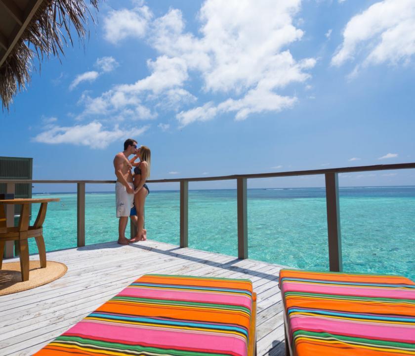 Meeru Island Resort & Spa / Jacuzzi Water Villa (Maldív-szigeteki utazások)