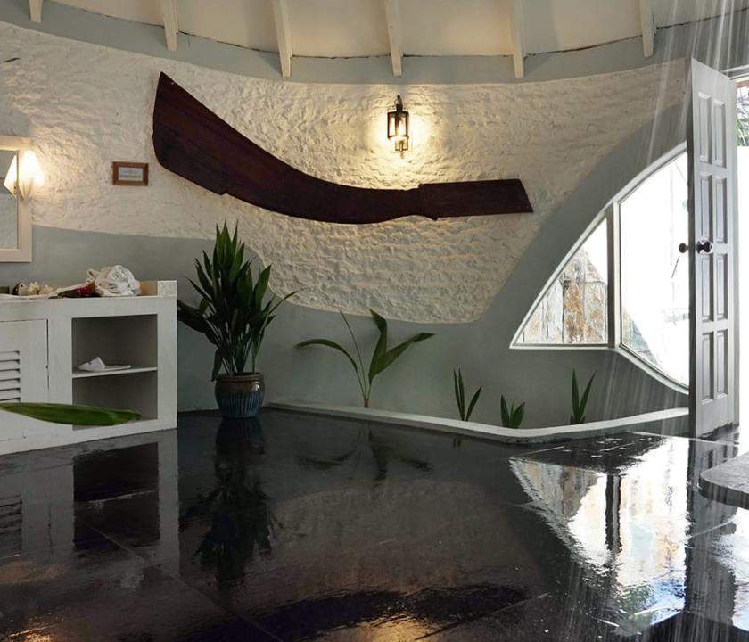 Nika Island Resort & Spa / Deluxe Beach Villa (Maldív-szigeteki utazások)