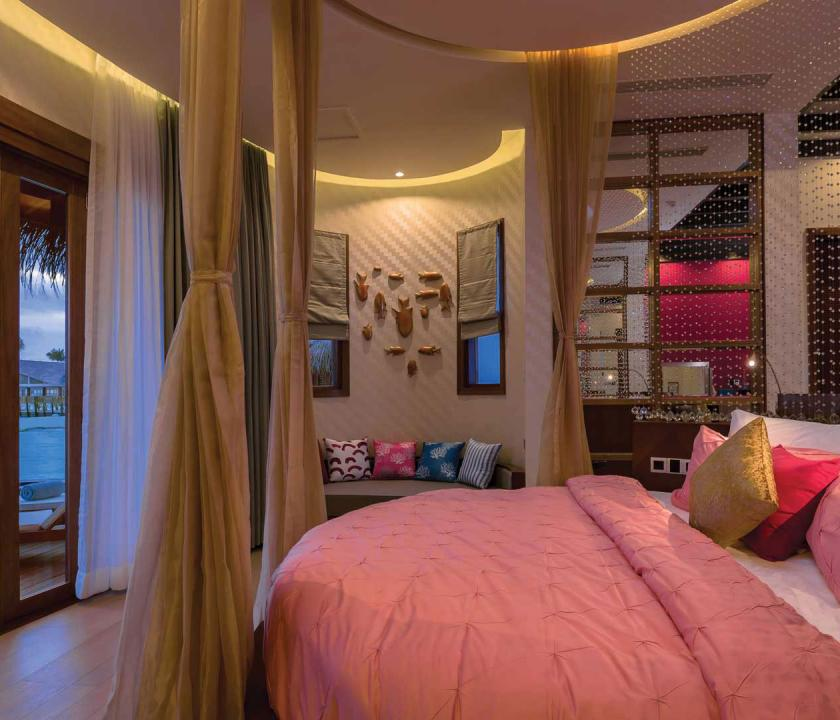 OBLU SELECT at Sangeli by Atmosphere / Honeymoon Water Suites with Pool - hálószoba (Maldív-szigeteki utazások)