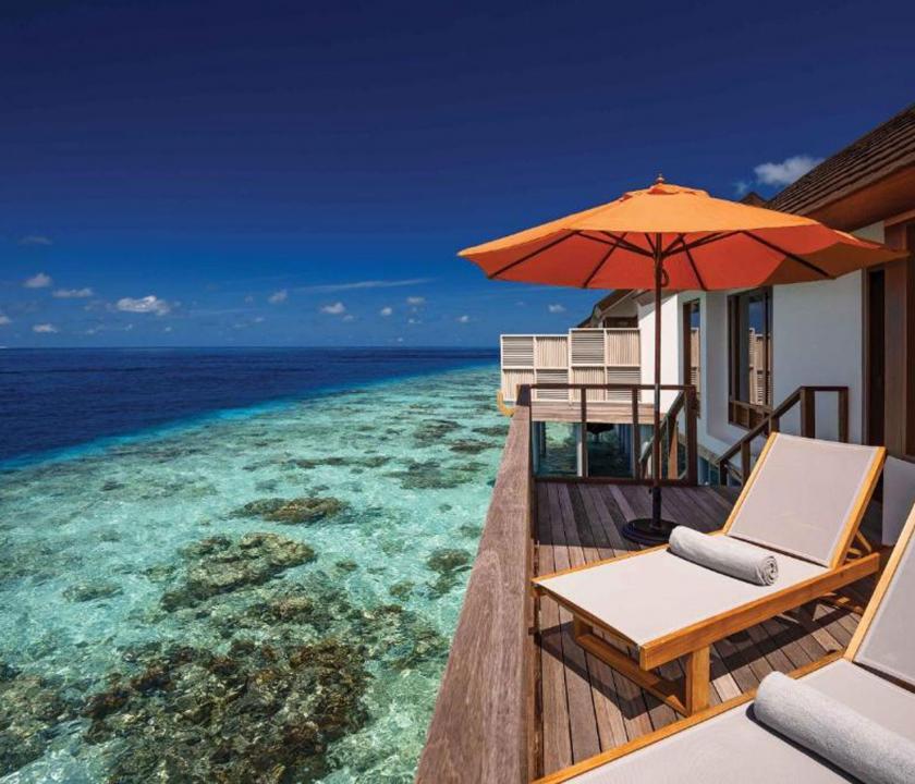 OBLU SELECT at Sangeli by Atmosphere / Water Villa - terasz (Maldív-szigeteki utazások)