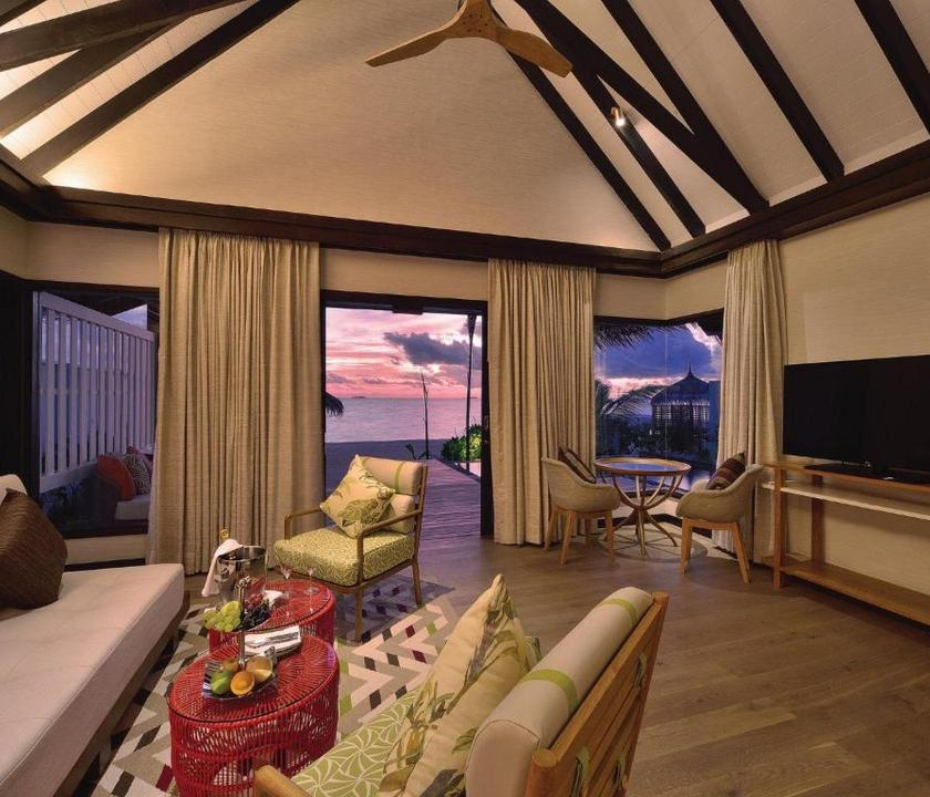 OZEN by Atmosphere at Maadhoo / Earth Pool Pavilion Villa (Maldív-szigeteki utazások)