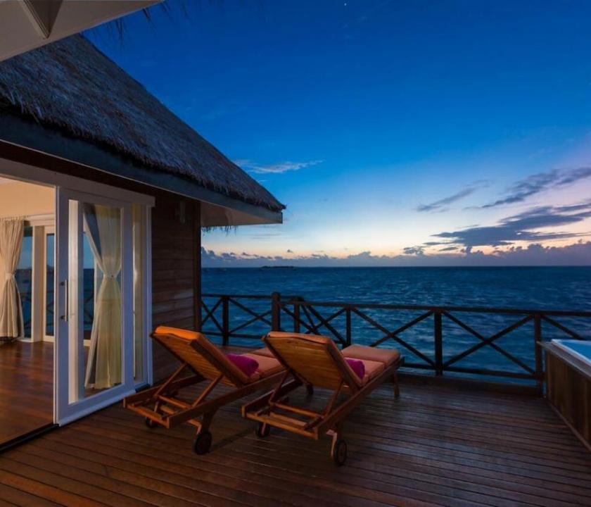Sun Aqua Vilu Reef Maldives / Sunset Reef Villa (Maldív-szigeteki utazások)