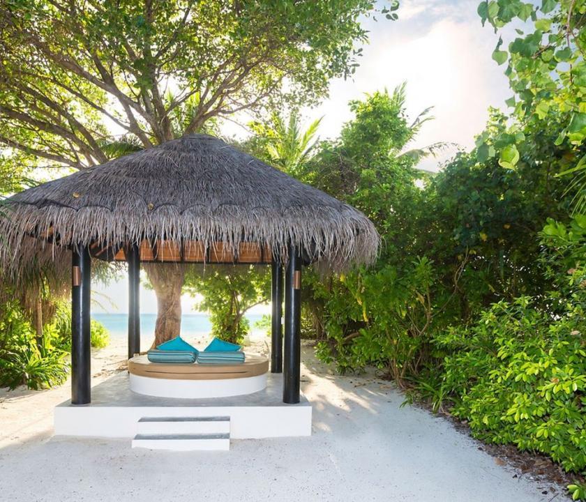 The Sun Siyam Iru Fushi / Deluxe Beach Villa (Maldív-szigeteki utazások)
