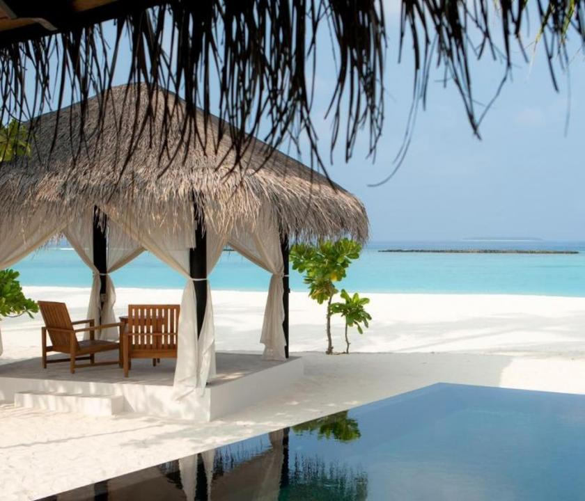 The Sun Siyam Iru Fushi / Family Deluxe Beach Villa with Pool (Maldív-szigeteki utazások)